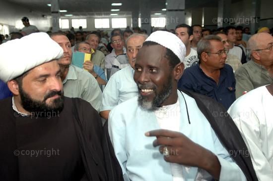 2006/07/20. Lebanese nationals in Dakar demonstrate against Israeli attacks in Lebanon.