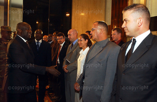 2006/11/21. President Gbagbo receives French nationals.