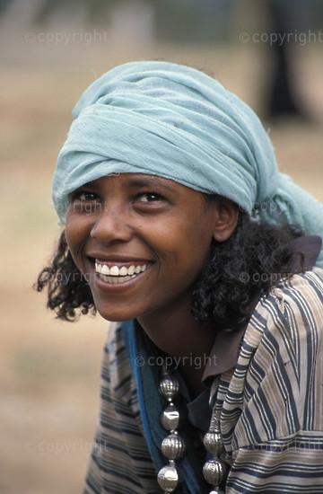 Oromo girl, Harer, Ethiopia1